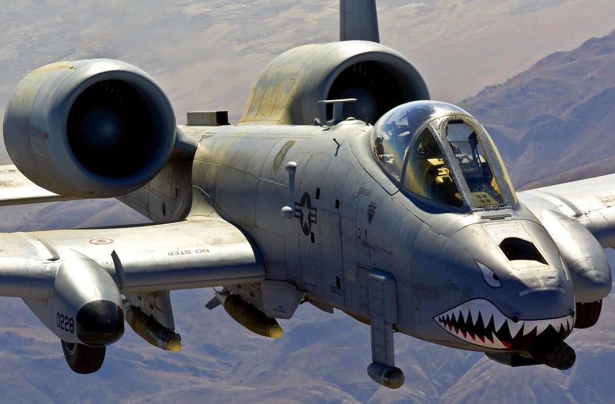 Fairchild republic a-10 thunderbolt ii — википедия