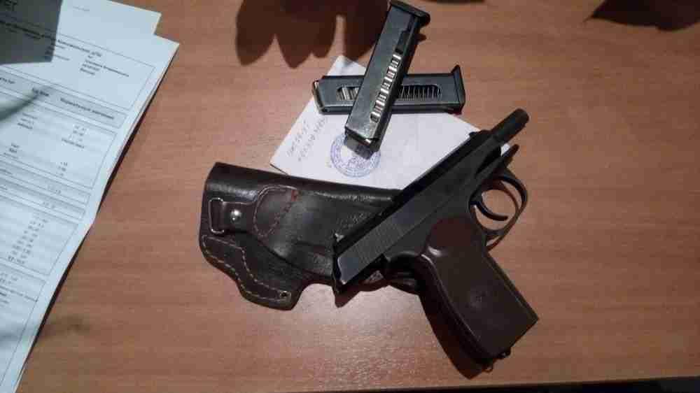 Травматический пистолет ИЖ-79-9Т «Макарыч»: плюсы и минусы