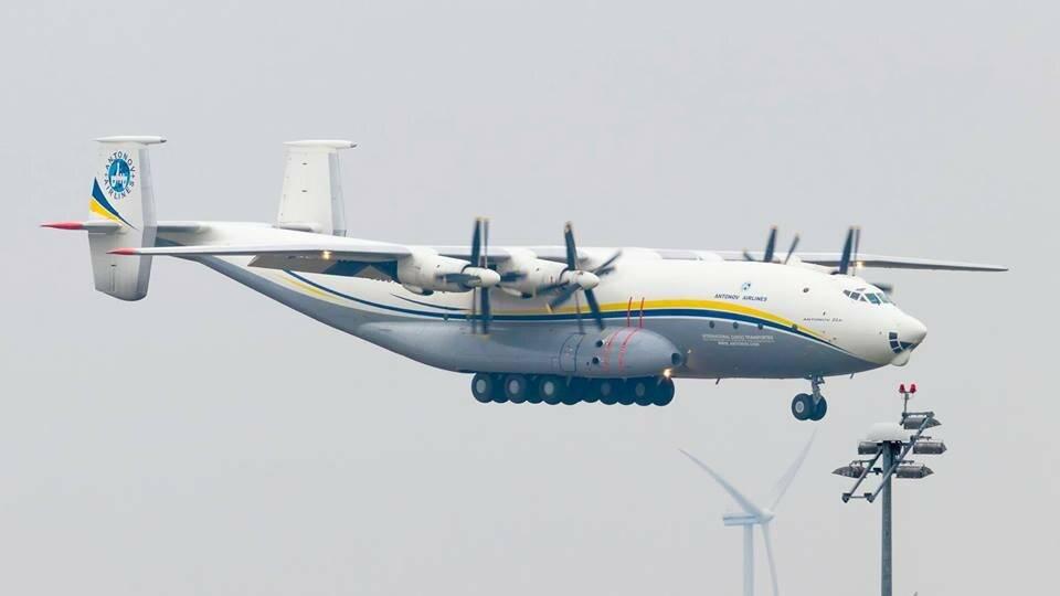 Многоцелевой газотурбинный самолет антонова ан-8