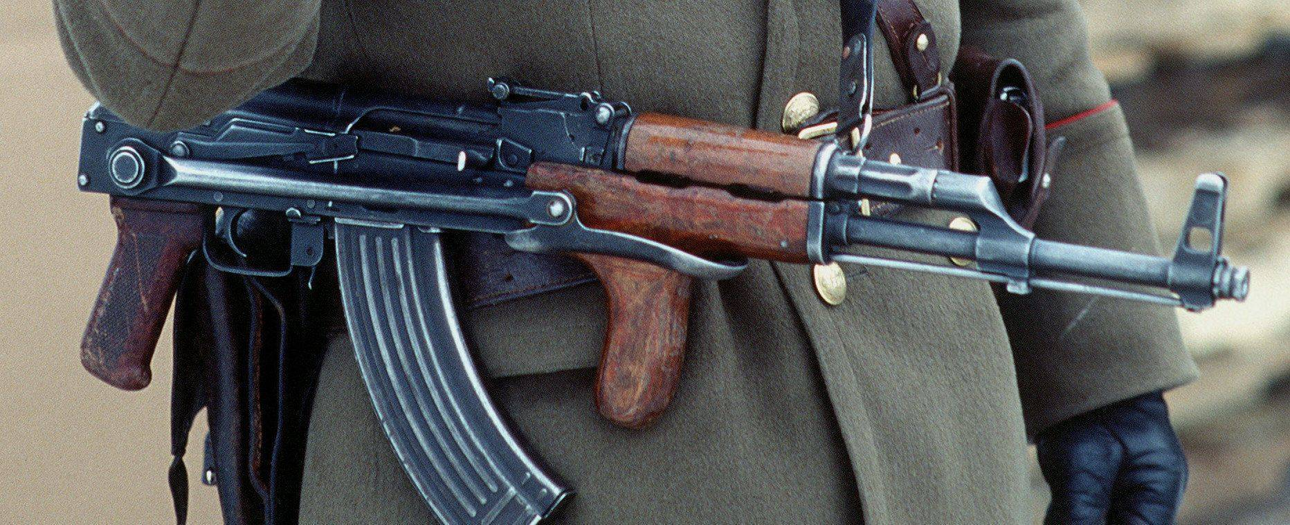 Биограф  калашникова рассказал, что правда, а что ложь в новом фильме про алтайского оружейника