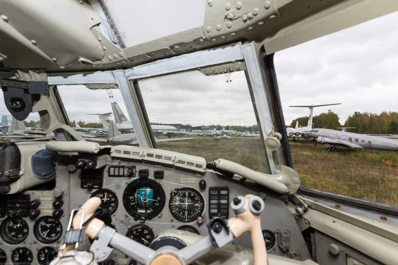 Обзор самолета Ил-18: история создания и лётно-технические характеристики
