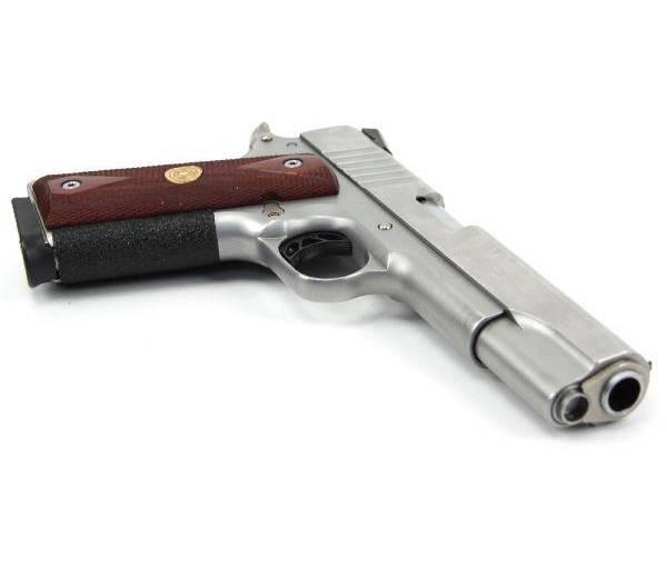 Читать книгу самозарядные пистолеты владислава каштанова : онлайн чтение - страница 34