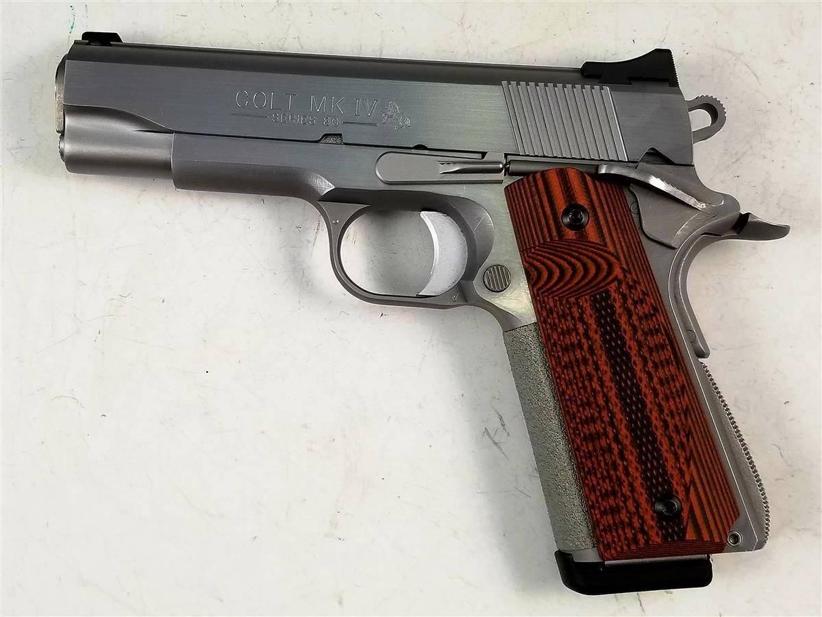 Пистолет Colt Combat Commander