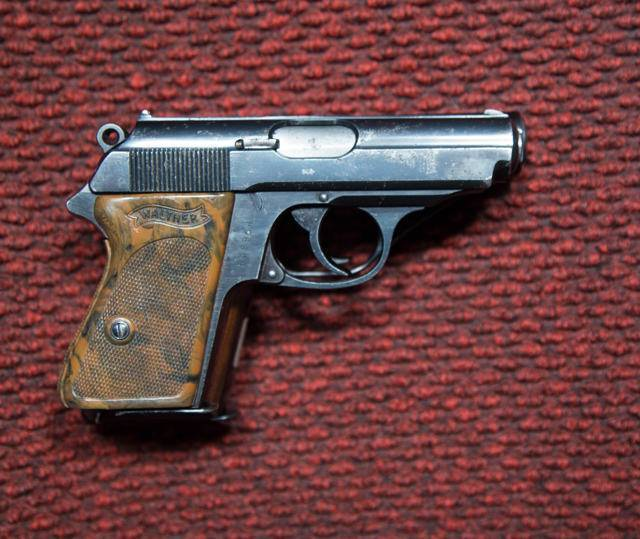 Пистолет mab d