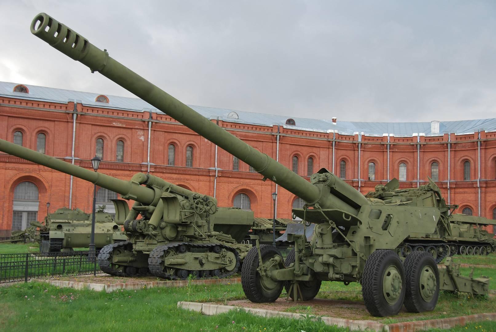 Советская 152-мм пушка 2А36 «Гиацинт-Б» 1976 года – самая мощная в мире колесная, буксируемая артиллерийская система
