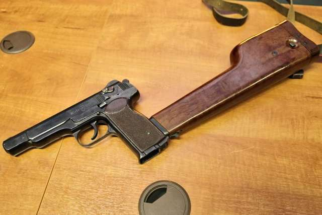 Пневматический пистолет стечкина – обзор моделей gletcher aps (nbb+bb)