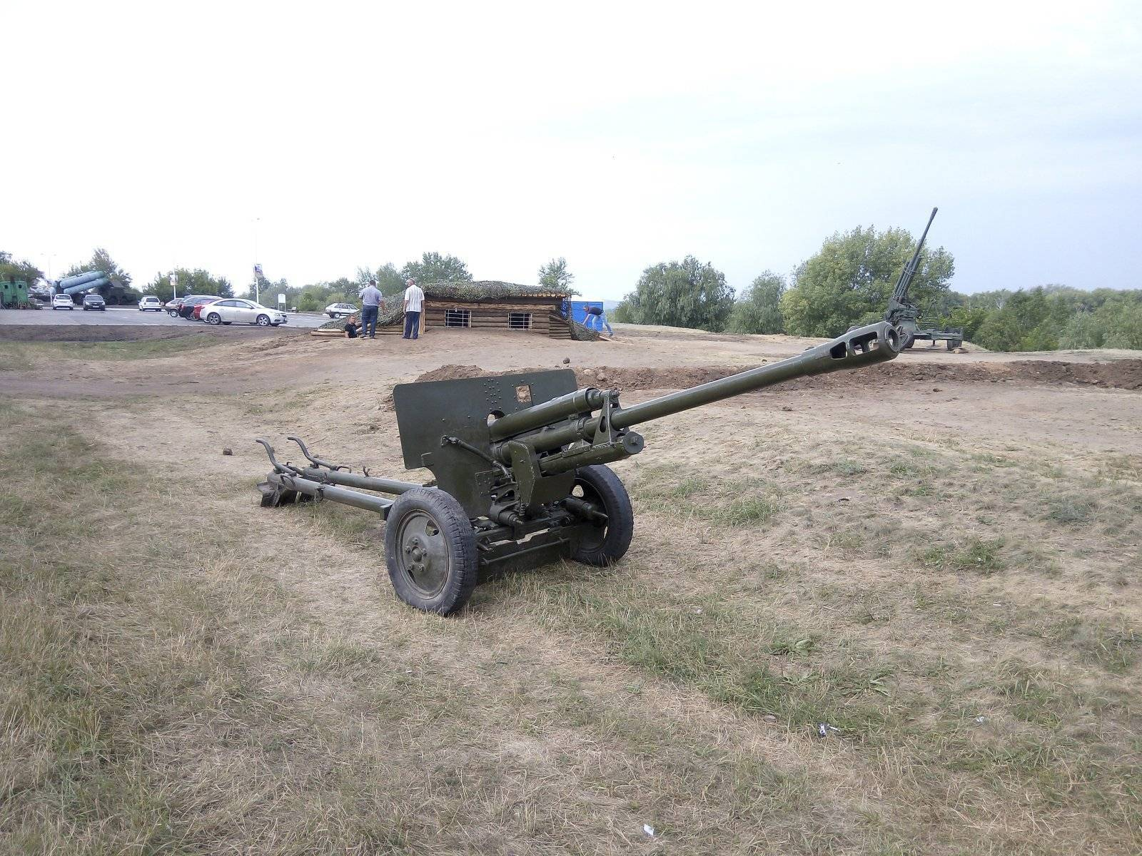 76-мм дивизионная пушка образца 1942 года (зис-3)