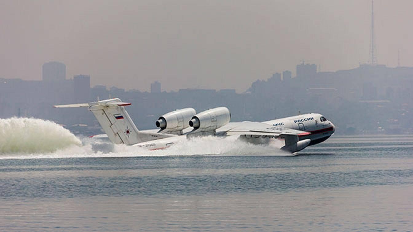 Многоцелевой самолет-амфибия бе-200 (бе-200чс): описание и ттх