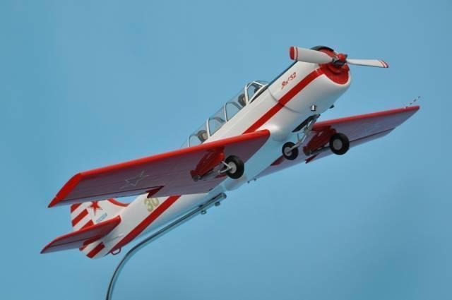 24 аэроклуба, где можно полетать на самолетах як (52, 42, 18), л-29 и л-39, цессне, вертолетах робинсон в москве и области
