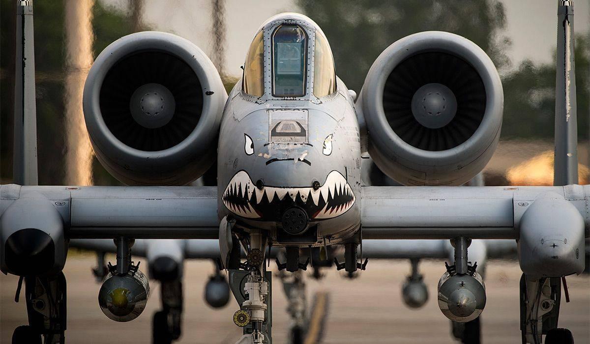 Fairchild republic a-10 thunderbolt ii
