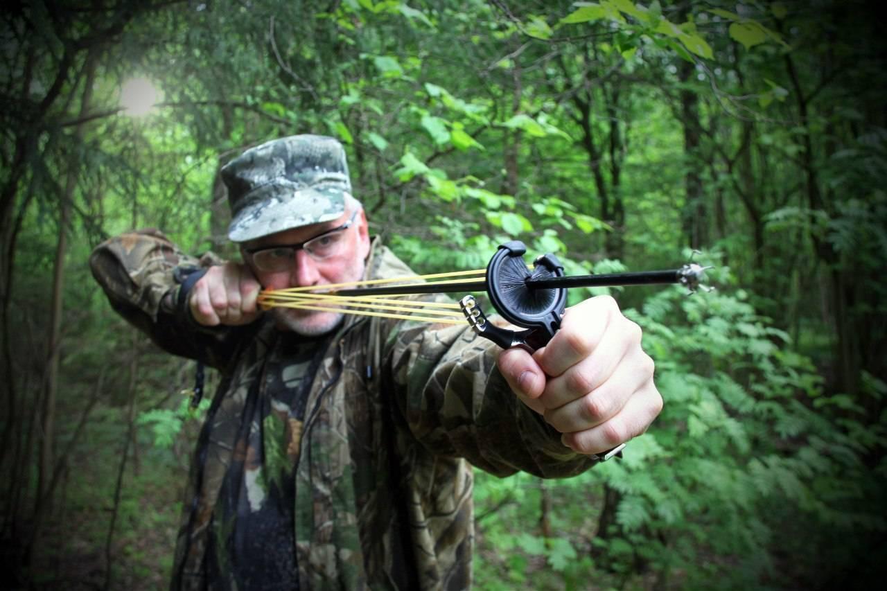 Как сделать рогатку стреляющую стрелами. рогатка своими руками. рогатка для охоты - фото. конструкции и модели