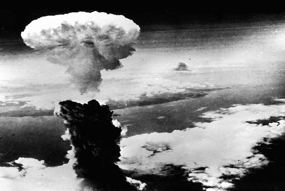 7 самых смертоносных бомб когда-либо созданных человеком (8 фото + 7 видео)