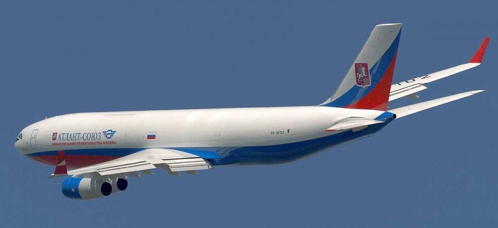 Ил-96-400: фото салона, кабины, схема