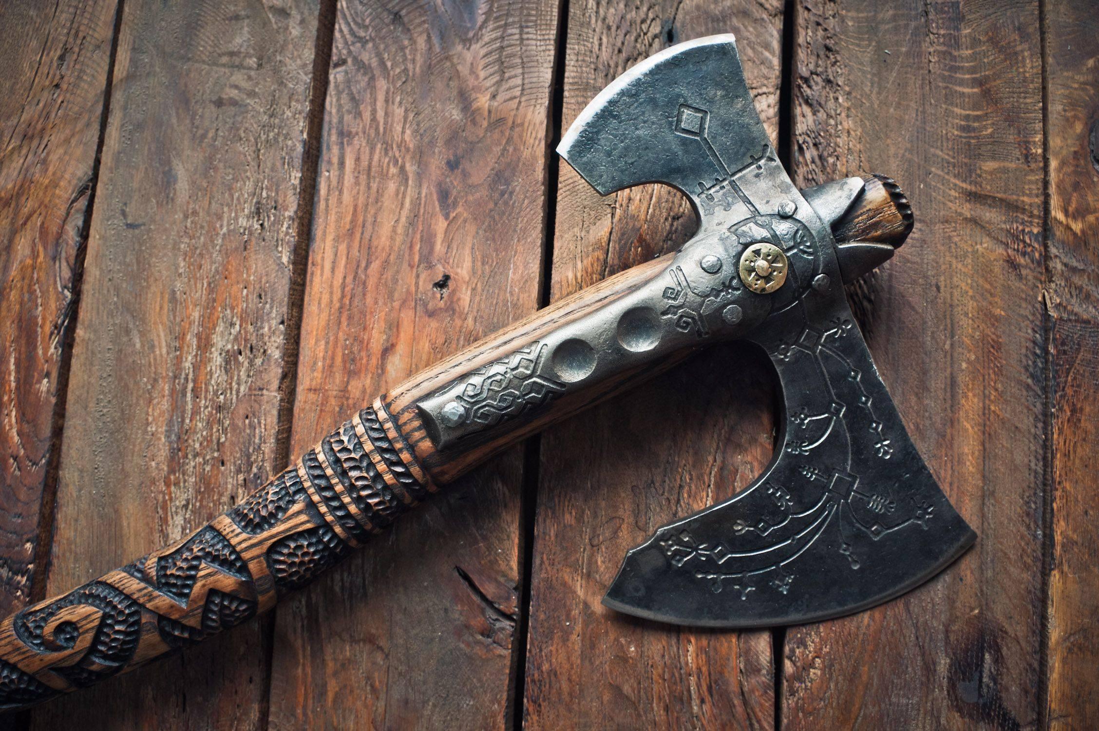 Двуручные топоры викингов. боевой топор: происхождение и исторические особенности