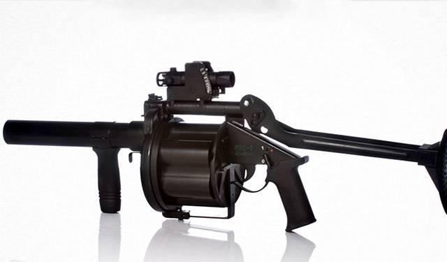 Австрийские пистолеты и револьверы
