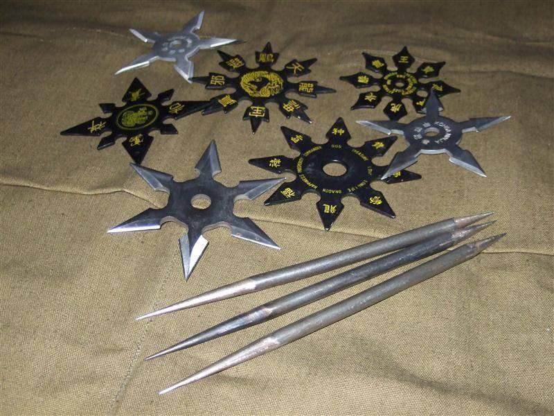 Огромный сюрикен. метательное оружие: сюрикен, метательный нож, сякен, гибкое копье шиньбяо. об истории появления сюрикена
