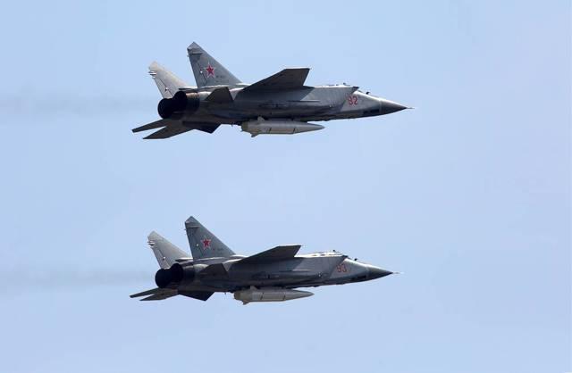 Миг-31 против f-14: анализ возможностей