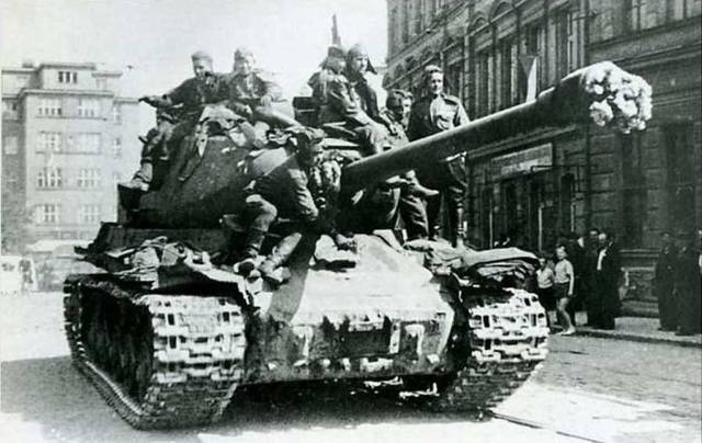 Ис-1 и ис-2 — советские тяжелые танки