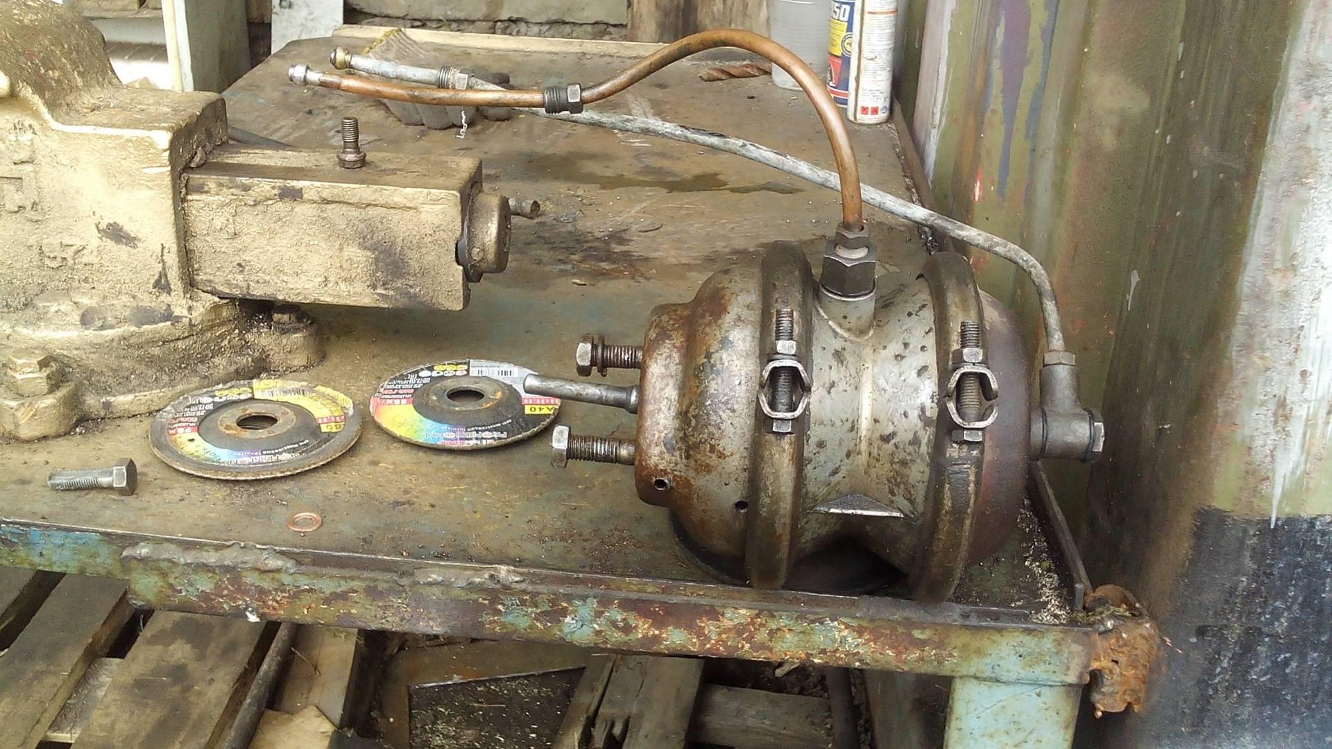 Зил-5301 бычок: схема воздушной тормозной системы, устройство гур, тюнинг (кабина и дисковые тормоза)  soldats.club