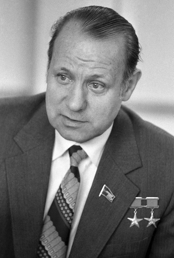 Новожилов генрих васильевич