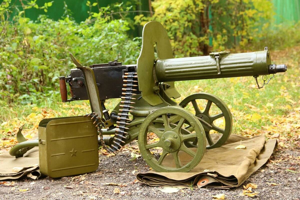"""""""максим"""" - легендарный пулемет в интерактивном трехмерном симуляторе оружие героев"""