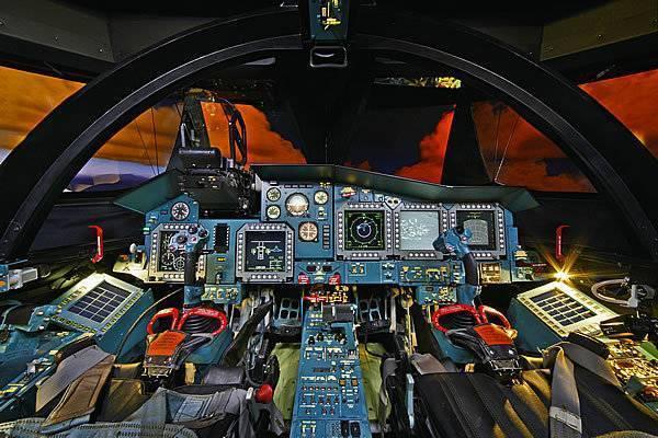 Боевой «утёнок»: на что способен российский истребитель-бомбардировщик су-34