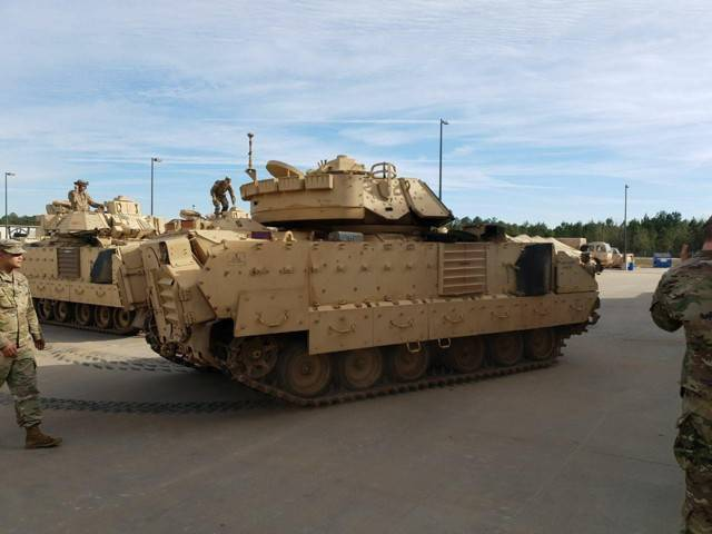 Bradley боевая машина - bradley fighting vehicle - qwe.wiki