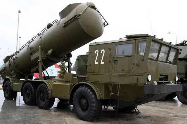 Зенитная управляемая ракета 9м317