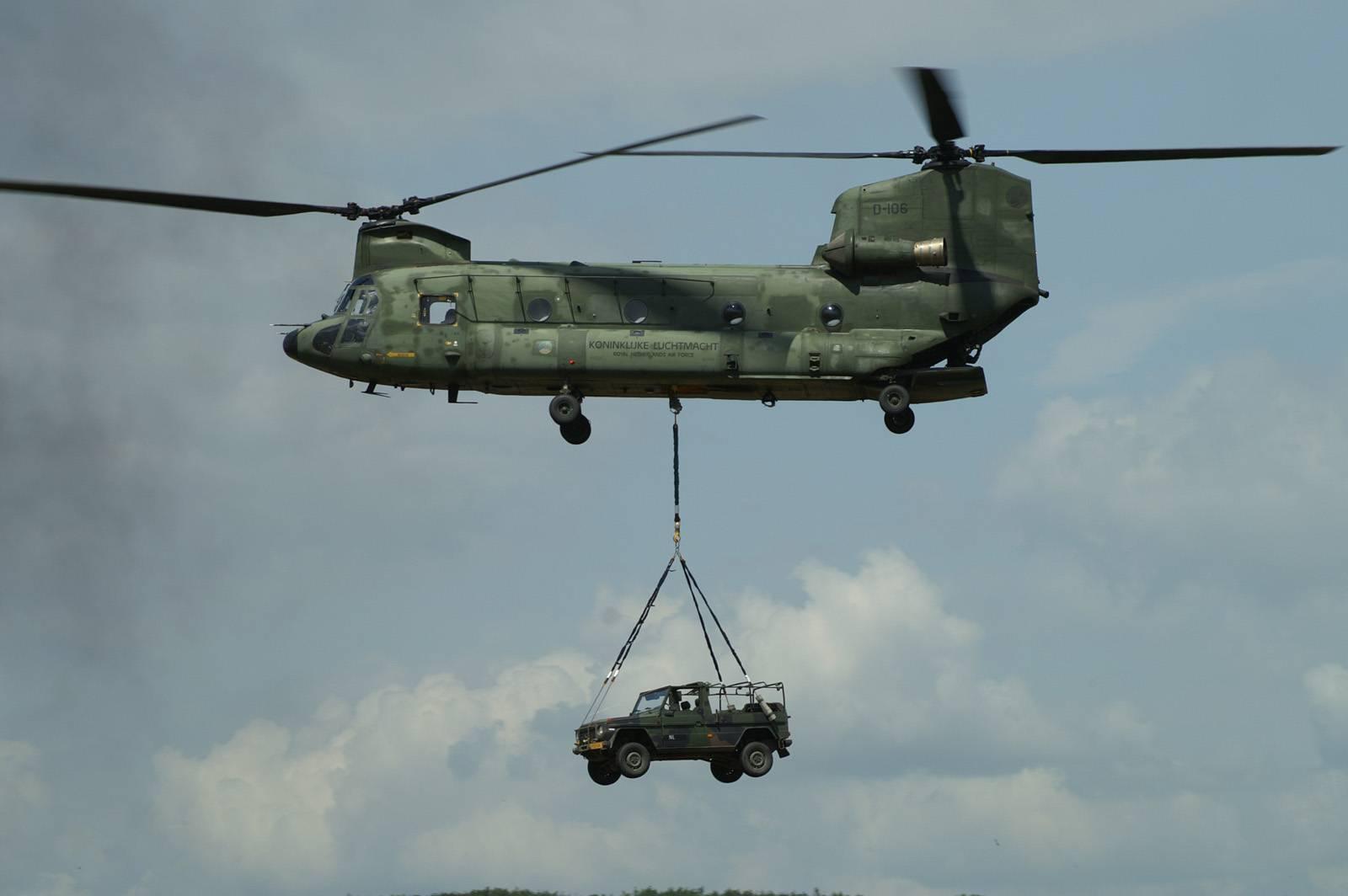 CH-74 Chinook – двугорбый верблюд армии США