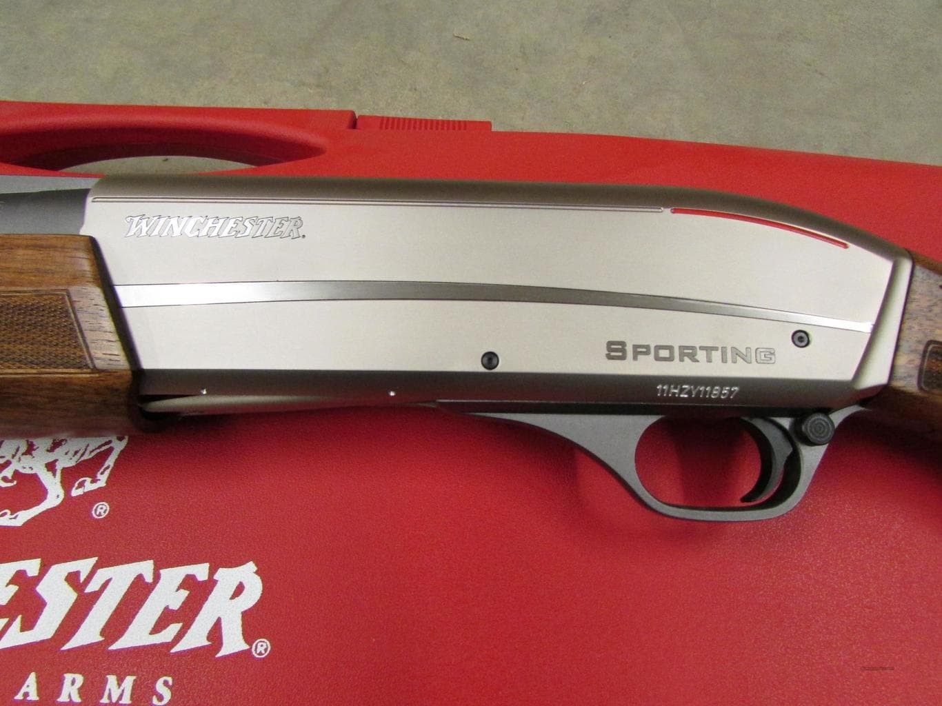 Гладкоствольное ружье Winchester Super X3