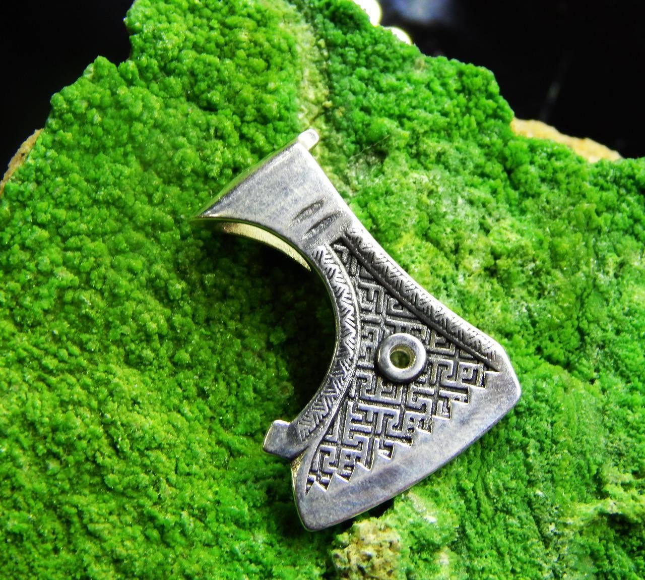 Значение древних оберегов викингов: руны и скандинавские символы