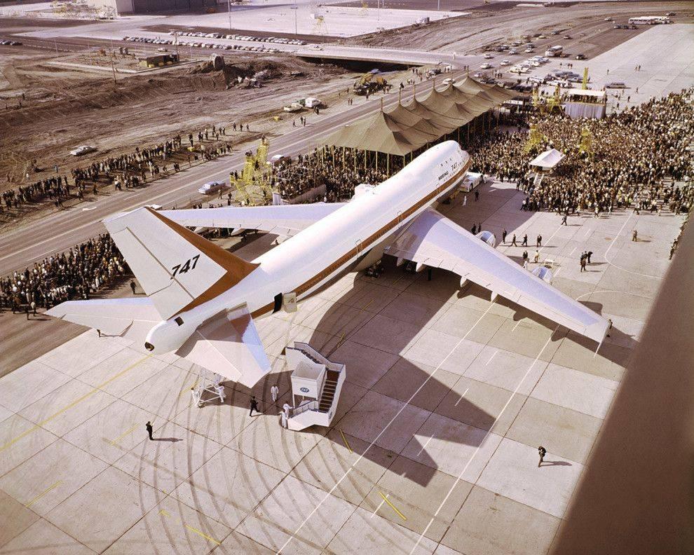 Схема салона боинг 747-400, лучшие места в бизнес- и эконом-классе компаний россия и lufthansa